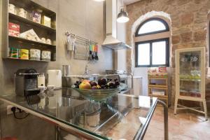 Best Location Authentic Jerusalem Stone Apartment, Ferienwohnungen  Jerusalem - big - 9