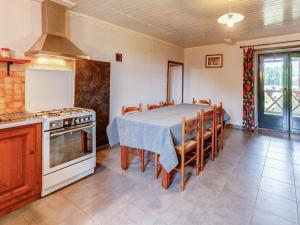 Maison De Vacances - Besse 8, Holiday homes  Villefranche-du-Périgord - big - 16