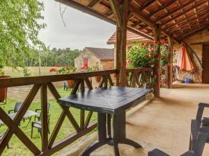 Maison De Vacances - Besse 8, Holiday homes  Villefranche-du-Périgord - big - 27