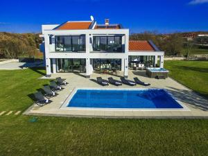 Villa Tia, Villen  Tinjan - big - 7