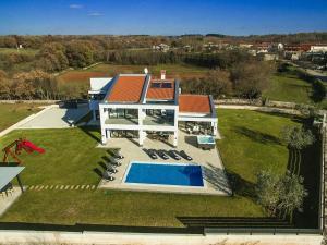 Villa Tia, Villen  Tinjan - big - 9