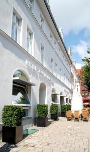 Hotel Schweriner Hof, Отели  Штральзунд - big - 21