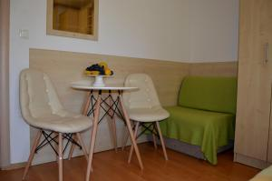 Rooms & Apartments Villa Anka, Апартаменты  Тучепи - big - 69