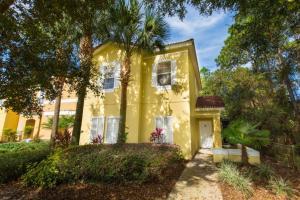 Four-Bedroom Yellow Villa #3000, Villas  Orlando - big - 1