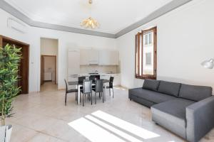 Scala ZARA Home Uno, Apartments  Florence - big - 8