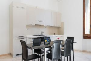 Scala ZARA Home Uno, Apartments  Florence - big - 7