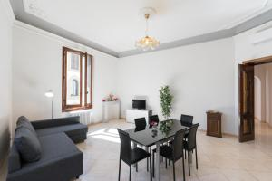 Scala ZARA Home Uno, Apartments  Florence - big - 5