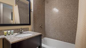 Best Western Inn of St. Charles, Hotels  Saint Charles - big - 13