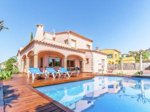 Holiday home Amfora 64, Villák  Sant Pere Pescador - big - 30