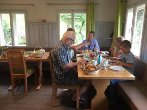 Frühstückspension Gsenger, Penzióny  Ramsau am Dachstein - big - 106