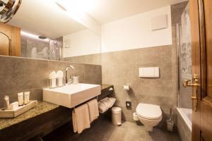 Hotel Daniela, Hotely  Zermatt - big - 21