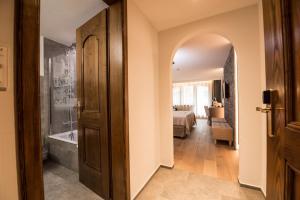 Hotel Daniela, Hotely  Zermatt - big - 14