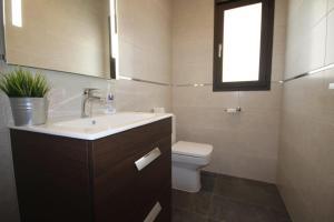 HMR Villas - Villa Cabina, Villen  Moraira - big - 16