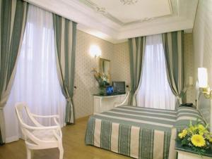 Hotel La Lumiere Di Piazza Di Spagna, Szállodák  Róma - big - 4
