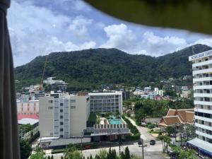 9th floor, Patong Sky Inn Condotel, Apartmanok  Patong-part - big - 2