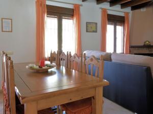 Villa Alejandro, Ville  Sayalonga - big - 9