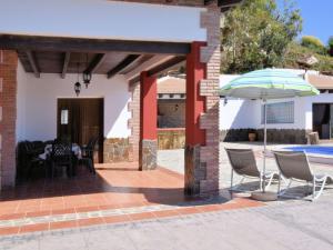 Villa Alejandro, Ville  Sayalonga - big - 33