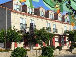 Hotel Alpina, Hotel  Villanueva de Arosa - big - 22