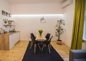 Apartamenty Kona Coast Cafe, Apartments  Toruń - big - 11