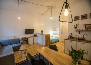 Apartamenty Kona Coast Cafe, Appartamenti  Toruń - big - 1