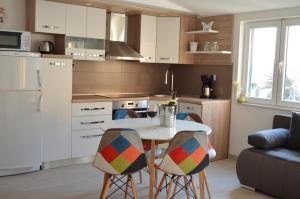 Rooms & Apartments Villa Anka, Апартаменты  Тучепи - big - 77