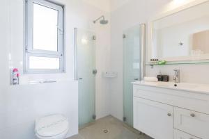 Kfar Saba Center Apartment, Апартаменты  Кфар-Сава - big - 53