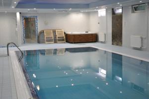 Hotel Yacht Club Noviy Bereg, Üdülőtelepek  Boltyino - big - 39