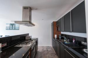 The Deluxe West End Apartment, Apartmány  Edinburgh - big - 25