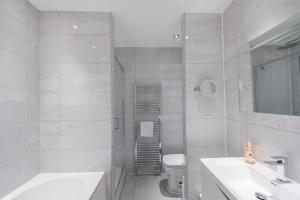 The Deluxe West End Apartment, Apartmány  Edinburgh - big - 47