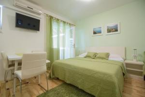 Apartments Staničić, Apartmány  Brela - big - 81