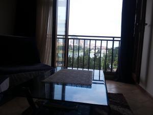 Apartment on 26 May 10/12, Apartments  Batumi - big - 22