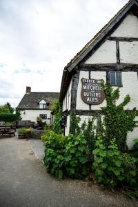 The Fleece Inn (1 of 39)