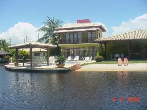 Praia de Interlagos 4 suítes, Prázdninové domy  Camaçari - big - 8