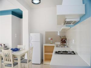 Studio Apartment in Borsh, Апартаменты  Борш - big - 14