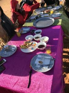 Marhaba Camp, Camel & Sandboarding, Luxury tents  Merzouga - big - 100