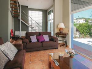 Four-Bedroom Holiday Home in St. Cebria de Vallalta, Nyaralók  San Cipriano de Vallalta - big - 24