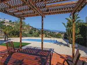 Four-Bedroom Holiday Home in St. Cebria de Vallalta, Nyaralók  San Cipriano de Vallalta - big - 36