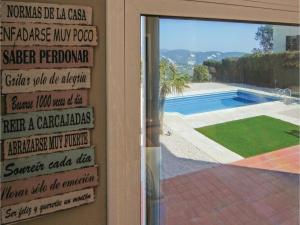 Four-Bedroom Holiday Home in St. Cebria de Vallalta, Nyaralók  San Cipriano de Vallalta - big - 28