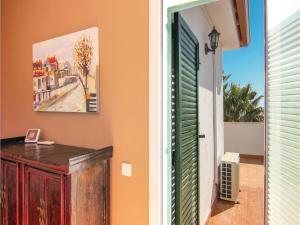 Four-Bedroom Holiday Home in St. Cebria de Vallalta, Nyaralók  San Cipriano de Vallalta - big - 9