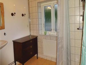 Two-Bedroom Accommodation in Ystad, Ferienhäuser  Ystad - big - 4
