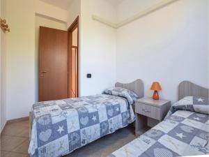 Villa Le Coccinelle, Holiday homes  Campofelice di Roccella - big - 2