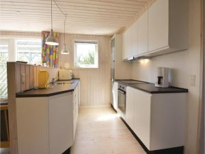 Holiday home Snedsted 60, Case vacanze  Stenbjerg - big - 14