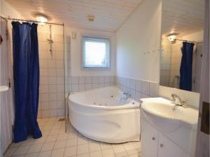 Holiday home Snedsted 60, Дома для отпуска  Stenbjerg - big - 2