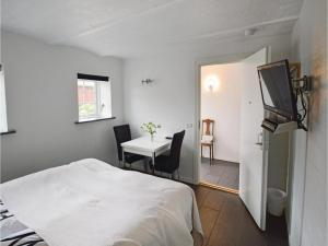One-Bedroom Apartment in Ribe, Ferienwohnungen  Ribe - big - 2