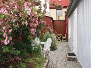 One-Bedroom Holiday home Karlskrona 0 01, Ferienhäuser  Karlskrona - big - 1