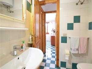 Three-Bedroom Holiday Home in Torre dei Corsari MD, Prázdninové domy  Torre Dei Corsari - big - 11