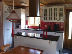 Four-Bedroom Holiday Home in Nattraby, Prázdninové domy  Karlskrona - big - 16