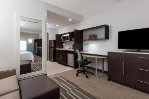 Home2 Suites by Hilton Charlotte University Research Park, Hotely  Charlotte - big - 3