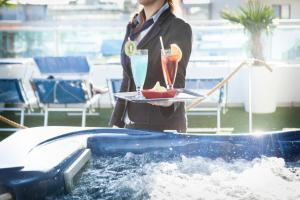Hotel Tropical, Hotely  Lido di Jesolo - big - 50