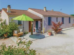 Four-Bedroom Holiday Home in Aubignan, Дома для отпуска  Обиньян - big - 1